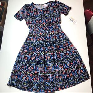 NWT Beautiful LuLaRoe M Amelia Dress